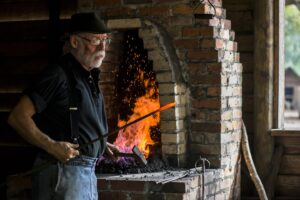 Do you want to learn the beginnings of blacksmith work by working with a traditional coal-burning forge? The Tallahassee Museum is holding a Beginning Blacksmith Workshop on November 21 and 22!   Learn more and register for our basic Blacksmith Workshop here: https://tallahasseemuseum.org/events/beginning-blacksmith-workshop/  #TallahasseeMuseum #TallahasseeFl #iHeartTally #ExploreFL #LoveFL #Museum #LiveMuseum #BeginningBlacksmith #Blacksmith